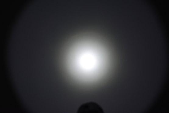thrunite T10 Taschenlampe Beamshot